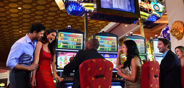 How to Win Jackpot at the Casino Slot Machine Game?